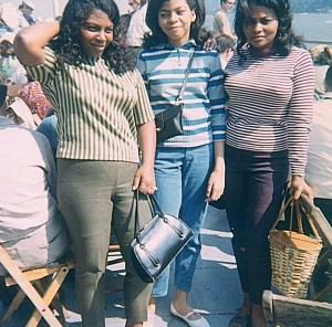 Mi Tia Peggy on the left
